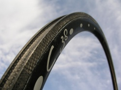 M5 Alu/carbon and full carbon rims