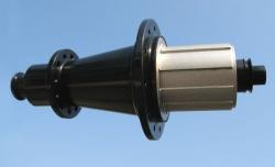 De flensachternaven van M5, één van de lichtste achternaven ter wereld!