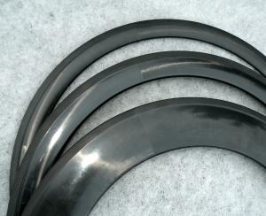Nieuwe ultrahoge (90 mm) carbon draad- en tubevelgen zijn binnen bij M5